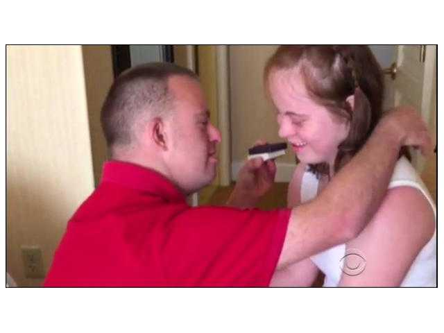 America's only restaurant owner with Down syndrome is leaving his job for love