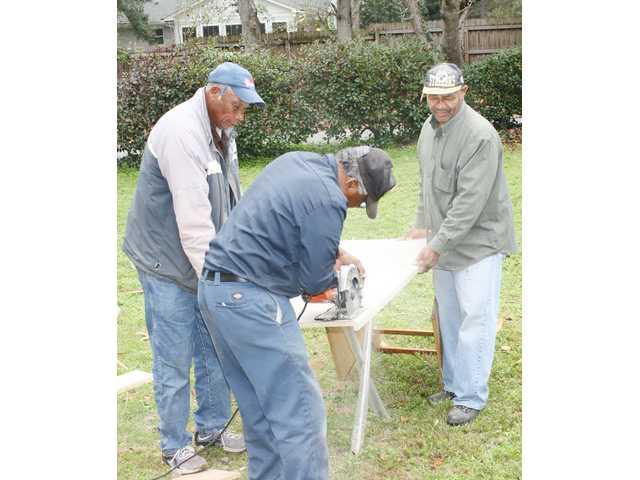 W.A.R.M. volunteers