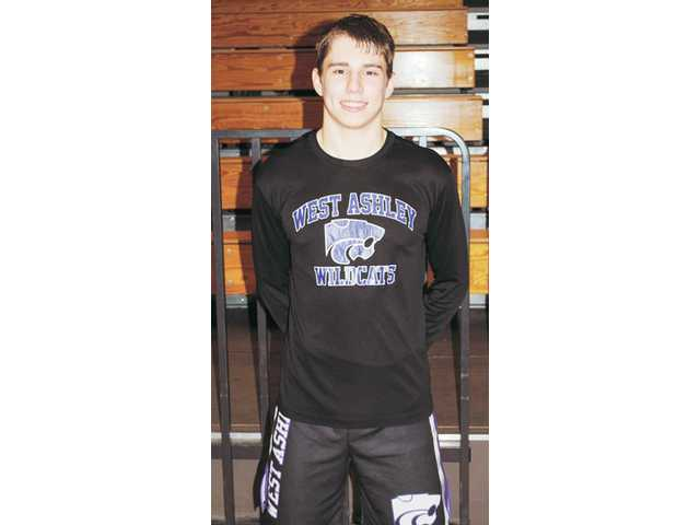 West Ashley wrestler Smith earns Charleston area honor