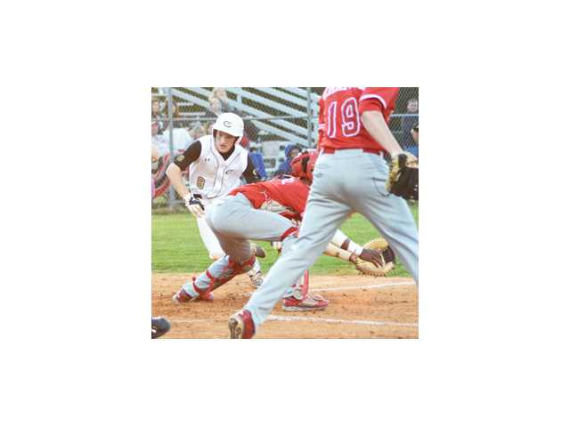 Abbott at his best down the stretch as Bulldogs get past A.C. Flora, 3-2