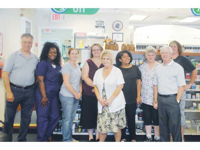 Elgin Pharmacy celebrates 30 years