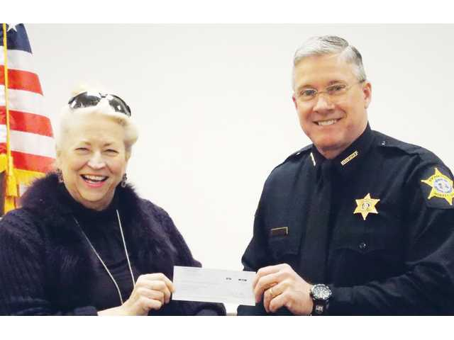 Sheriff gives $100,000 check to SCVAN