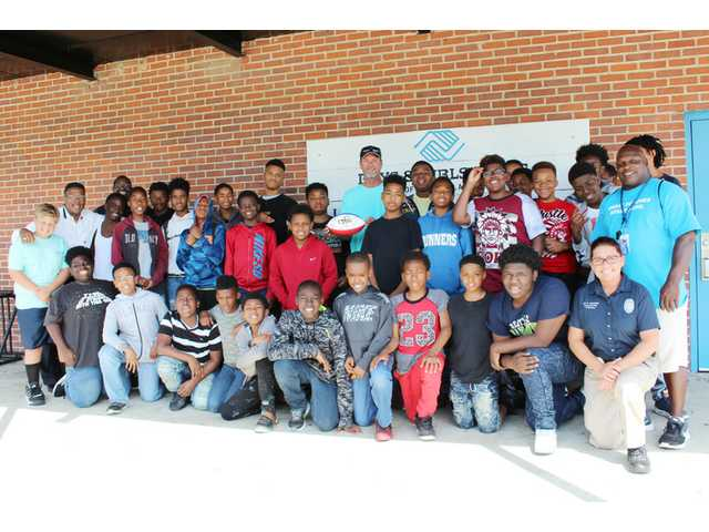 Former mentor brings special football to JTC
