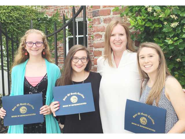 Three KC seniors receive Leadership Scholarships