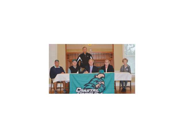 Gray eager to don the teal of CCU