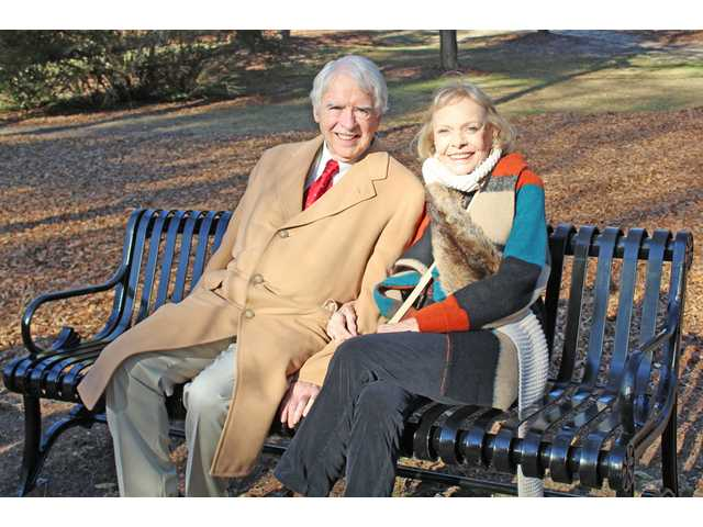 City honors former mayor, wife with bench