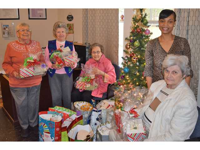 Community partners with UWKC to help families this Christmas