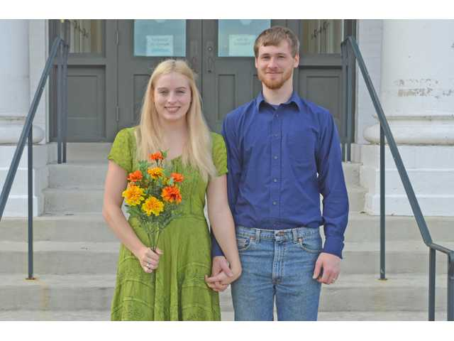 Elizabeth Combs to wed Jacob William L. Moriarty