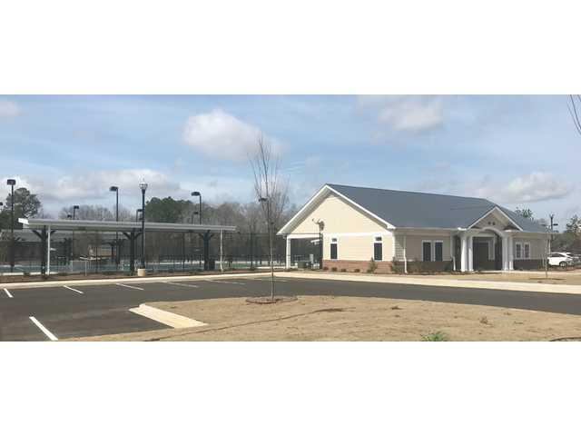 Tennis Center of Camden opens