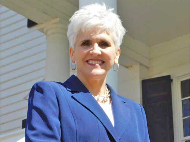 Beverly Ray-Dowey announces run for auditor