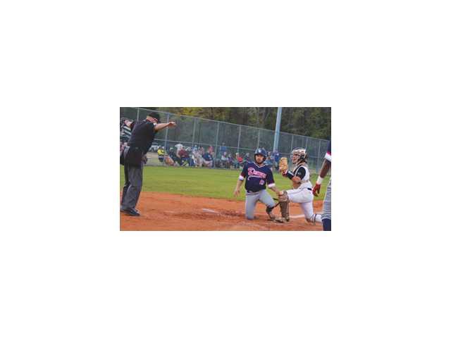 Branham locks Dogs down on one-hitter in 5-1 L-E win