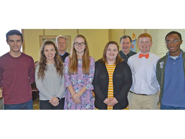 West Wateree Rotary Club recognizes scholarship winners