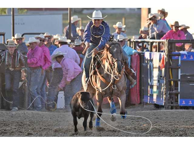 Dylan Cook places 8th at rodeo finals