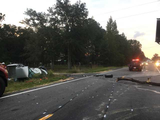 Deadly crash in Long County