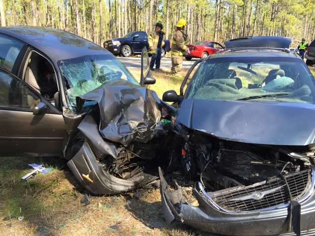 Three injured in Long County crash