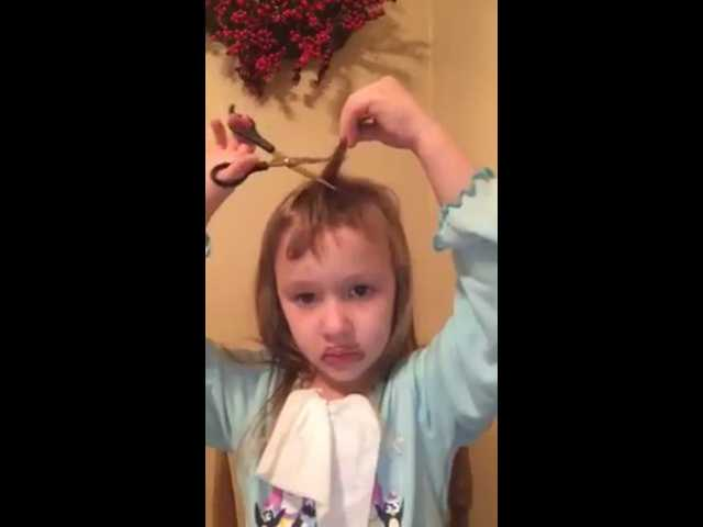 VIDEO: Little girl's first online beauty tutorial goes adorably wrong