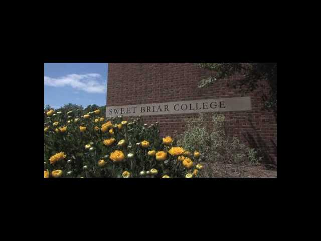 Sweet Briar College professors unanimously oppose school closing
