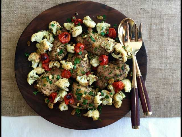 Make an easy dinner with Chicken-Cauliflower Roast
