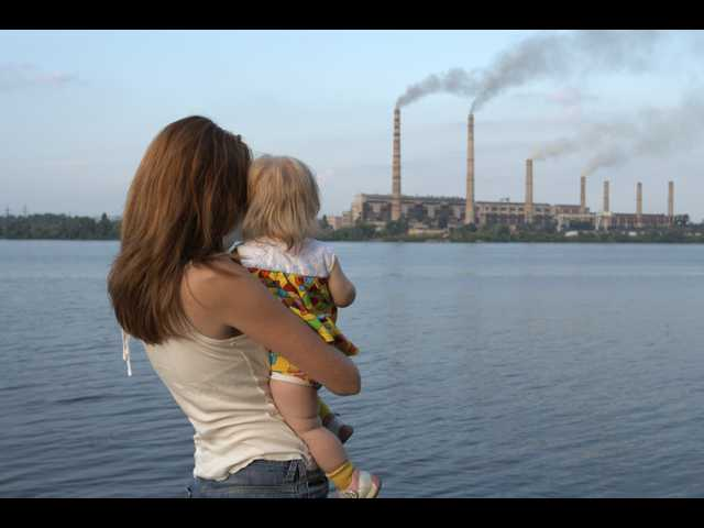 Toxic combination: poverty plus air pollution lowers child IQ
