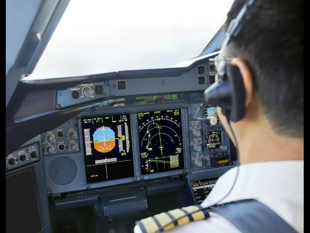 Why an airline CEO wants single pilots to get married