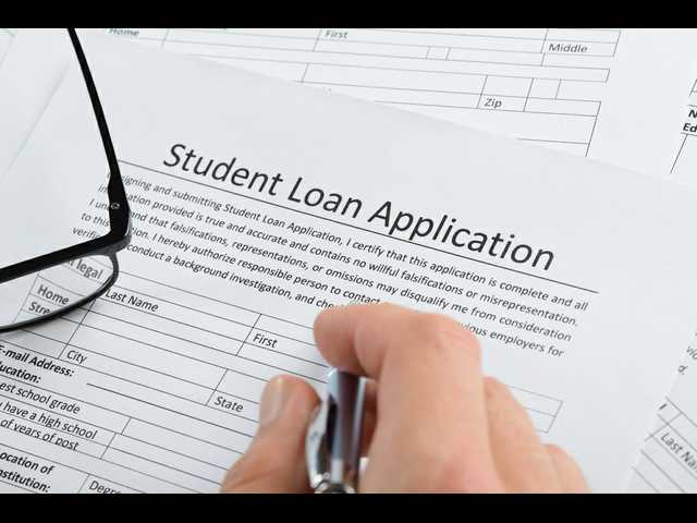 Why parents should take a 'big pause' before co-signing that student loan