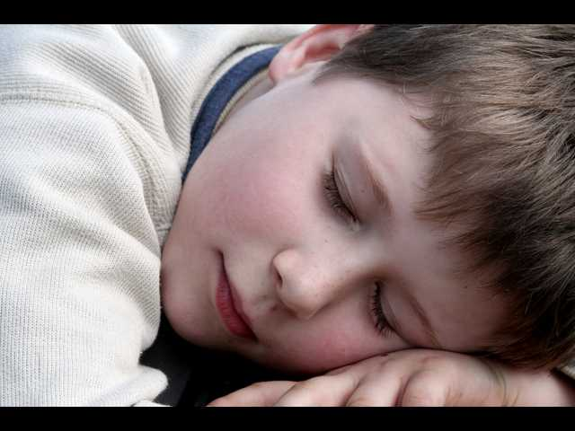 The war between you and your children to go to sleep is finished; 3 magic steps to achieve it