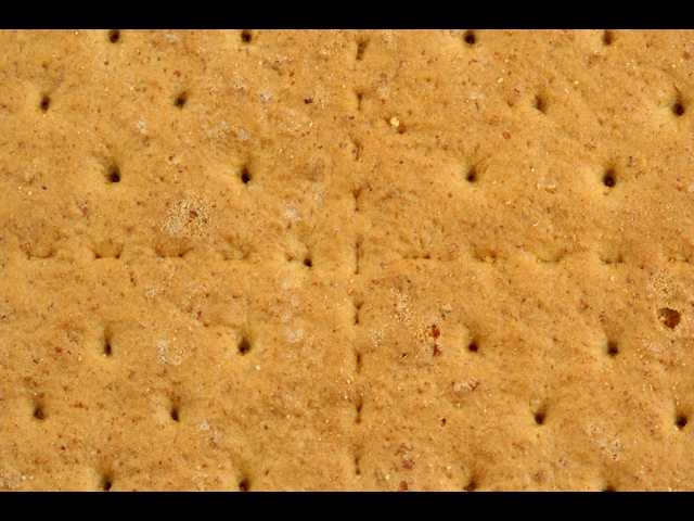 Iowa school gives kids a quarter of a graham cracker to teach them about poverty