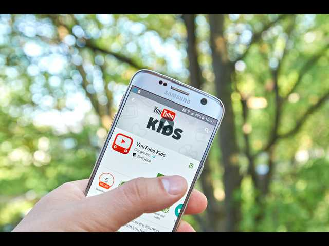 The YouTube Kids app suggests conspiracy videos about aliens, fake moon landing, lizards