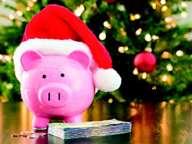 4 ways to not go broke this Christmas