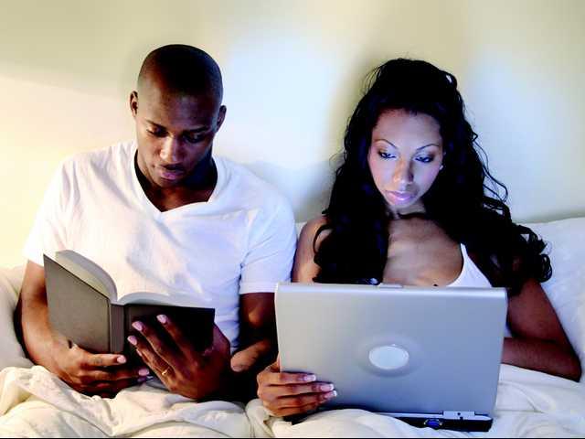 Reading on iPads before bedtime adversely affects sleep, health, study shows