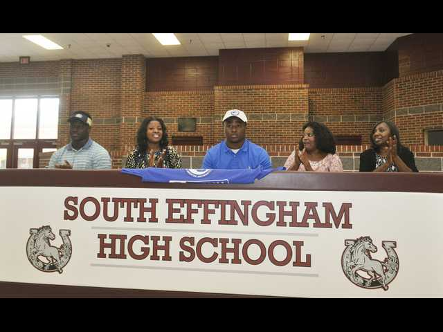 SEHS' Taylor signs with Shorter