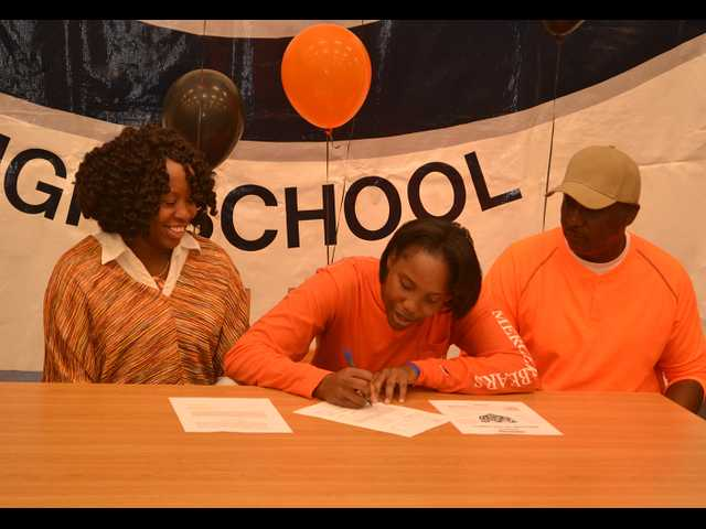 Lewis signs with Mercer University