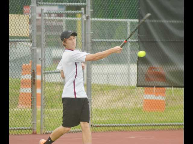 SEHS aces Elite Eight tennis test