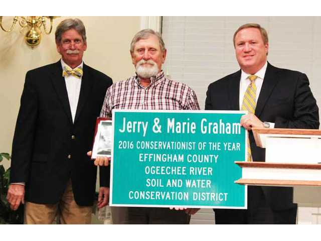Jerry Graham earns conservation award