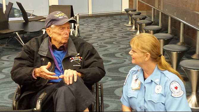 Honor Flight takes WWII veterans to DC