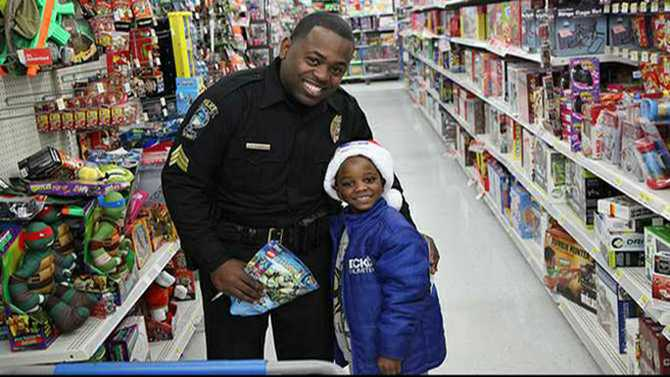 Shop with a Cop seeks donations to make kids' holidays brighter
