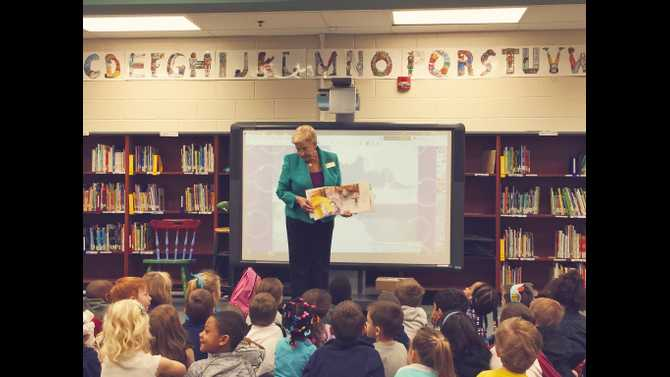 First Lady visits Oak Hill Elementary for Read Across Georgia Month