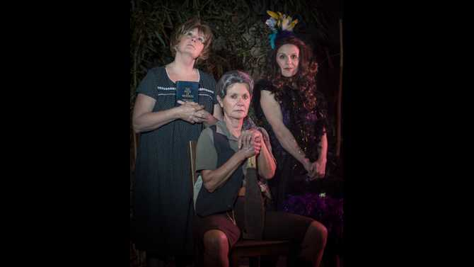 Review: NDP's Sugar Bean Sisters a sweet time