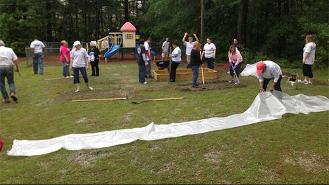Leadership Rockdale Class of 2015 starts legacy with garden, wish list