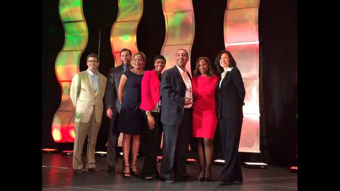 Prestigious award given to county HR department