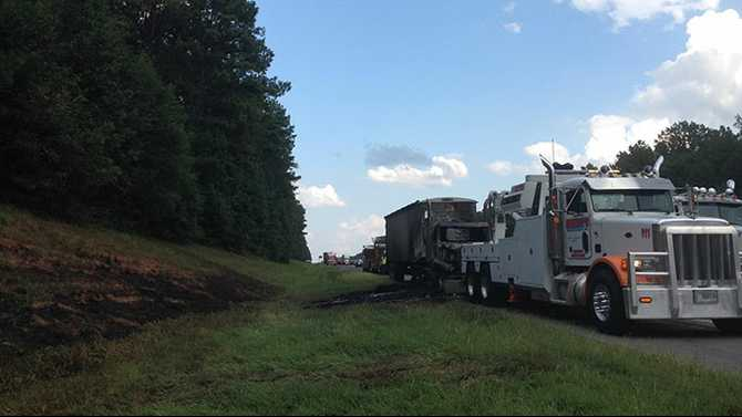 Truck fire closes I-20 westbound in Newton County