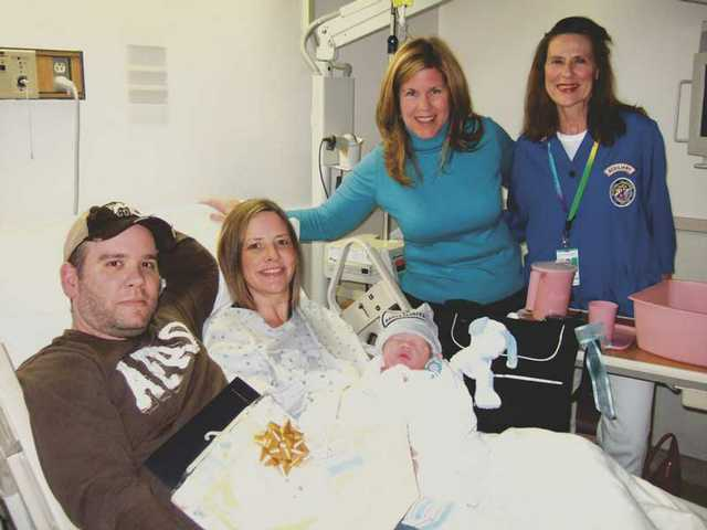Oh, baby! New parents celebrate '09 one day late