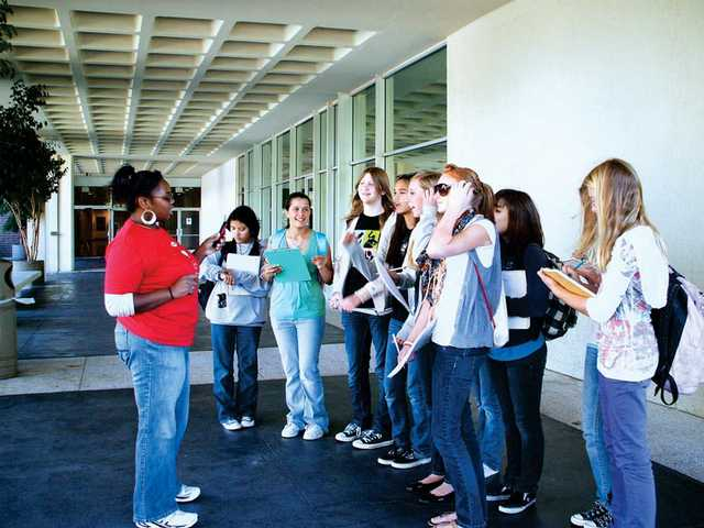 Arroyo Seco Jr. High students tour the Cal Arts campus, learning problem-solving skills, improv techniques, self-confidence, self-awareness, team collaboration and a respect for diverse cultures and languages.