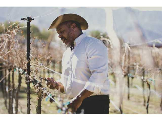 In 1985, DiMaggio Washington moved to Acton where he built his home. He planted his vineyard with 550 syrah vines in March 2002. His vineyard produces 150 gallons of wine and nearly 750 bottles annually.