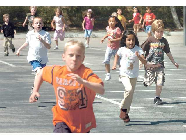 North Park Elementary School first- and second-graders run for prizes as part of Health Week held recently at the school.
