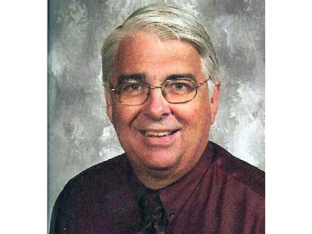 Sierra Vista principal to retire