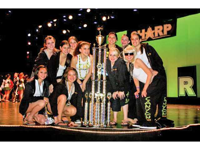 Canyon dance team wins top award