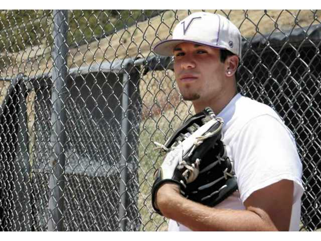 Valencia High graduate and baseball pitcher Robbie Mousselli was named the All-Santa Clarita Baseball Player of the Year in 2007.