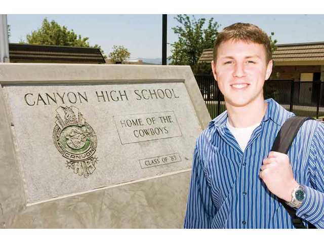 Canyon valedictorian wants to make family proud