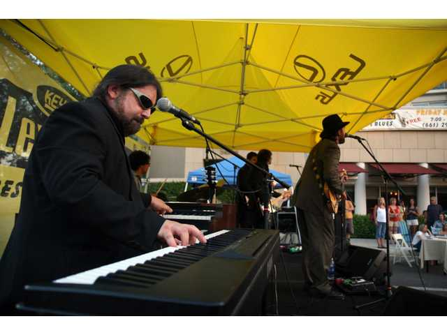 Lexus of Valencia Jazz & Blues Concert Series kicks off tonight (June 12) on Town Center Drive